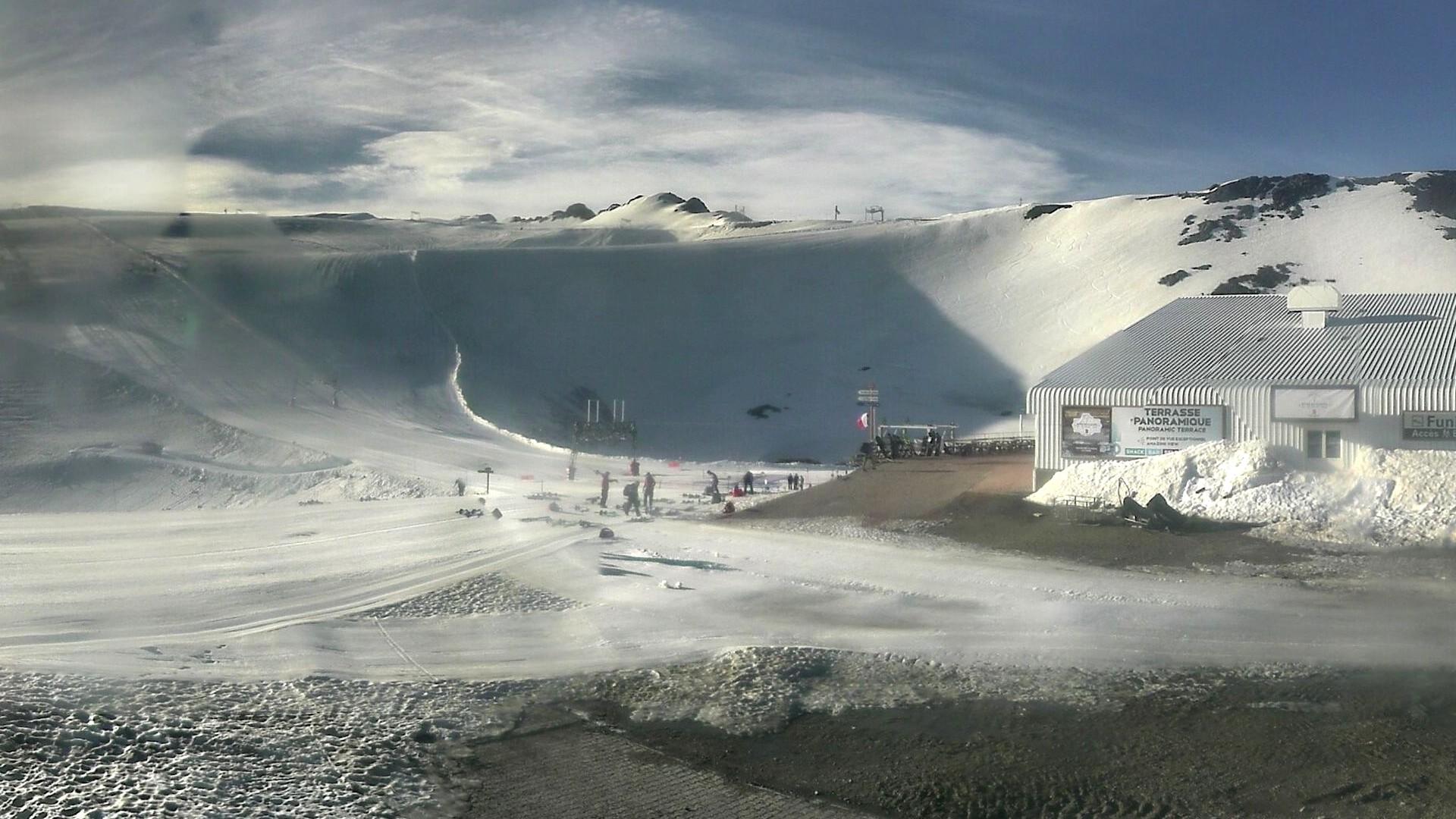 20200701_0733_mega_2alpes_restaurant-les-glaciers_1920x1080